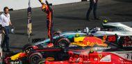 Verstappen celebra su victoria en México - SoyMotor.com