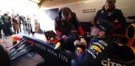 Vídeo: Verstappen rueda con un Red Bull RB8 en el 'nuevo' Zandvoort - SoyMotor.com