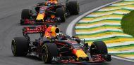 Max Verstappen y Daniel Ricciardo en Brasil - SoyMotor