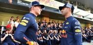 Max Verstappen y Daniel Ricciardo en una imagen de archivo - SoyMotor