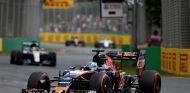 Carrera muy ajetreada hoy para Verstappen - LaF1