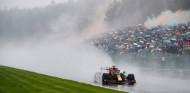 """Red Bull: """"No estamos orgullosos de ganar así, se podía haber pospuesto el GP a mañana"""" - SoyMotor.com"""