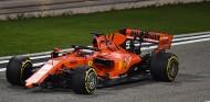 Pirelli explica el desprendimiento del alerón delantero de Vettel en Baréin - SoyMotor.com