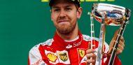 Vettel felicita a sus rivales y promete más guerra para el próximo año - LaF1