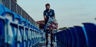 Vettel le da la vuelta a las carreras: enseñando a no contaminar - SoyMotor.com