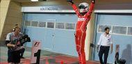 Vettel cambia sus botas por unos nuevos calcetines Puma - SoyMotor.com