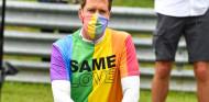 Reprimenda a Vettel por llevar camiseta LGBTQ+ durante el himno de Hungría - SoyMotor.com