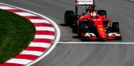 Sebastian Vettel con el Ferrari - LaF1