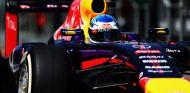 Renault investiga los problemas de Sebastian Vettel en Australia - LaF1