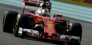Vettel en el trazado de Yas Marina - SoyMotor.com