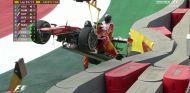 El Ferrari de Sebastian Vettel tras el accidente - LaF1