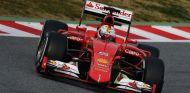 Sebastian Vettel en Montmeló - LaF1