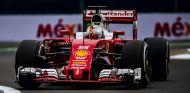 Vettel, durante la carrera en México - LaF1