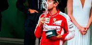 Sebastian Vettel en el podio de Mónaco - LaF1