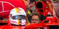 Vettel mantiene los pies en el suelo - SoyMotor