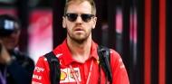 """Vettel no tira la toalla en la lucha por el título: """"No llevamos 15 carreras"""" - SoyMotor.com"""
