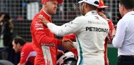 Sebastian Vettel y Lewis Hamilton en Albert Park - SoyMotor.com