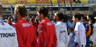 Hamilton predice movimiento en el mercado de pilotos para 2021 - SoyMotor.com