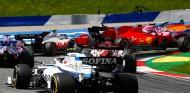 Vettel también tuvo culpa en el choque con Leclerc en Estiria, según Irvine - SoyMotor.com
