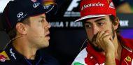 Vettel jugará un papel de líder muy fuerte en Ferrari, según Ricciardo