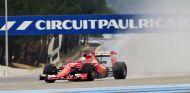 Sebastian Vettel con neumáticos de lluvia experimentales - LaF1