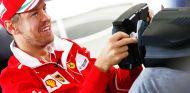 Sebastian Vettel en un simulador en Silverstone - SoyMotor.com
