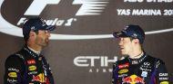Mark Webber y Sebastian Vettel en el podio de Abu Dabi - LaF1