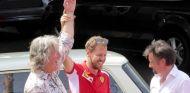 Sebastian Vettel durante la grabación de 'The Grand Tour' - SoyMotor