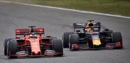 Verstappen afirma que pierden un segundo en recta contra Ferrari – SoyMotor.com