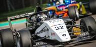 Pole para Vidales en su primera clasificación en Fórmula Renault - SoyMotor.com