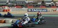 Vidales –nº 14– detrás del kart del Team Emirates –SoyMotor.com