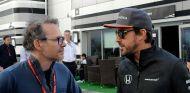 Jacques Villeneuve y Fernando Alonso en Sochi - SoyMotor.com