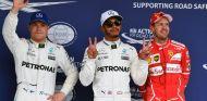 Bottas, Hamilton y Vettel durante un GP esta temporada - SoyMotor.com