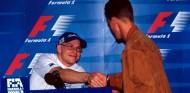 Jacques Villeneuve y Michael Schumacher en Jerez 1997 antes de la carrera - SoyMotor.com