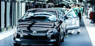 Volkswagen pretende reemprender la actividad en Navarra el 20 de abril - SoyMotor.com