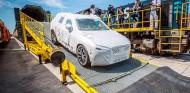 Los Volvo XC60 llegan a Europa desde China... ¡en tren! - SoyMotor.com