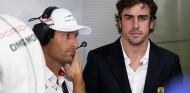 """Webber descarta el regreso de Alonso a Renault: """"Ya tuvo su oportunidad"""" - SoyMotor.com"""