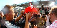 Sebastian Vettel en Brasil 2010, donde Red Bull certificó su primer Mundial de Constructores - LaF1