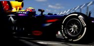 Mark Webber sale de boxes en Albert Park