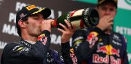 Sebastian Vettel y Mark Webber en el podio del Gp de Malasia 2013