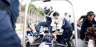 Valtteri Bottas en la parrilla de Interlagos - LaF1