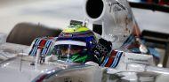 Felipe Massa en la noche de Baréin - LaF1