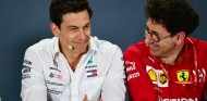 "Wolff vacila cuando le preguntan por ir a Ferrari: ""Iremos a Marte"" - SoyMotor.com"
