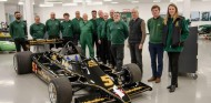Zak Brown tiene nuevo 'juguete': el Lotus 79 que hizo campeón a su amigo Mario Andretti - SoyMotor.com