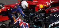 Norris felicita a Hamilton tras la victoria de este último en el GP de Gran Bretaña F1 2021 - SoyMotor.com