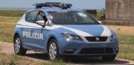 El Seat León de la policia italiana se prueba a balazos