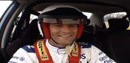 Vuelta de Mark Webber en su visita a Top Gear en 2005