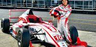 Juju Noda es una niña, pero apunta a campeona de F1