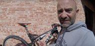 El garaje de Lobato: Mi bicicleta para la Titan: del garaje… ¡a Marruecos! - LaF1.es