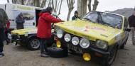 Cuando en Montecarlo los equipos oficiales tenían hasta 1.000 neumáticos... ¡por coche! - SoyMotor.com